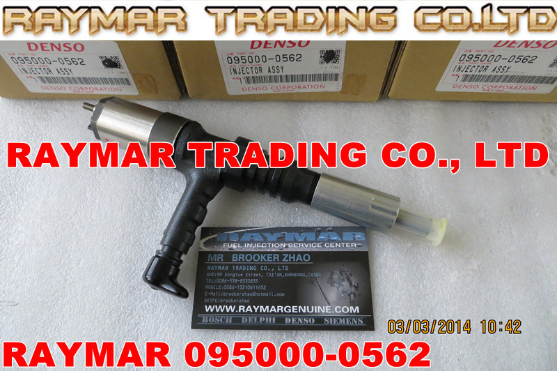 DENSO Common rail injector 095000-0560, 095000-0562 for KOMATSU 6218-11-3100, 6218-11-3101, 6218113101, 6218113100