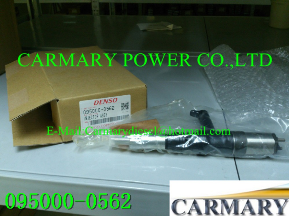 NEW common rail injector 095000-0560, 095000-0562 for K OM ATSU 6218-11-3100, 6218-11-3101